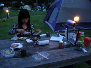 去年の田万川キャンプ場での夕食