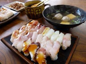 十円寿司とお吸い物