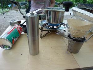 コーヒーミルと湯沸し