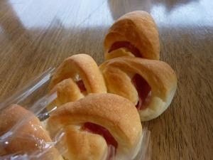 「ごパン」のベーコンエピ