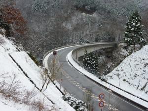 雪のおろちループ