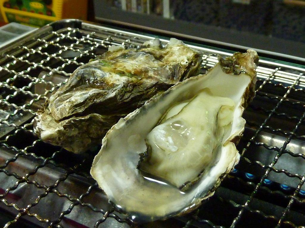 殻付き焼き牡蠣 2