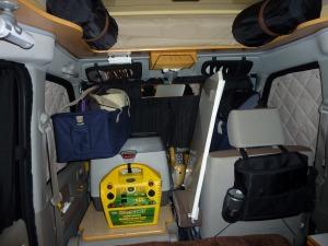 運転席と助手席を物置に