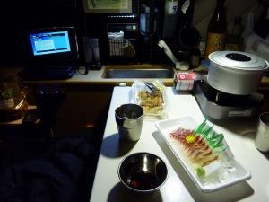 軽キャンの食卓風景