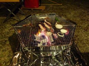 焚き火台で焼肉