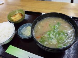 豚汁定食_680円_20130315