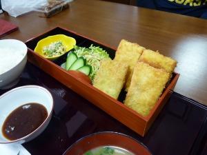 「旬菜舎 さと山」のとうふカツ定食680円_20130421