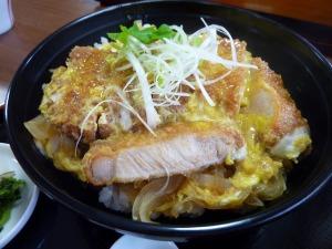 「旬菜舎 さと山」のとカツ丼880円_2_20130421