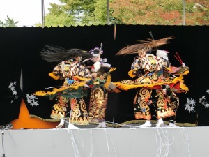 ひろしまフードフェスティバルの神楽_3_20131026