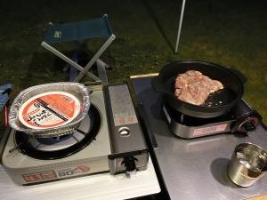 ごはんをボイル&チキンを調理_20140503