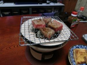 ミニ七輪で焼き肉_20150103