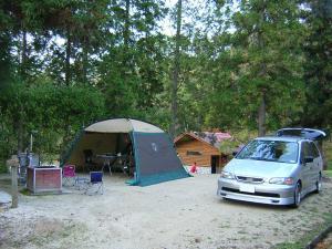 11年前のキャンプ風景_20041024
