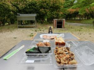 キャンプ場で昼食を_20150606