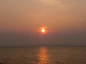 海宴坊から見る夕日_20160521