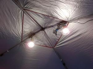 タープ天井のLED電球_20160521