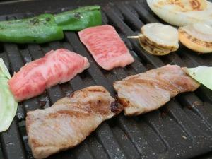 肉を焼く_20160605