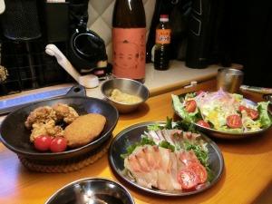 夕食メニューと焼酎_20160611