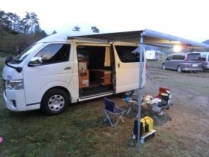 車中泊キャンプのセッティング完了_2061009