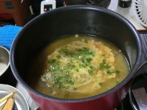 鶏鍋おでんにご飯と溶き卵で雑炊_20161120
