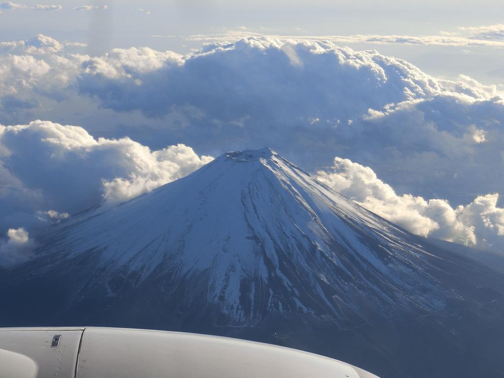 飛行機から富士山_20161211