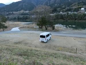 美濃田の淵キャンプ場にキャンピングカー_2_20170219