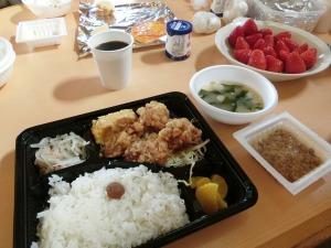 朝食の唐揚げ弁当_20170521