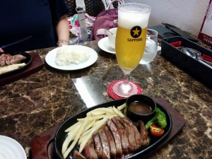 牛もも肉のステーキランチ_150g_900円_20170717